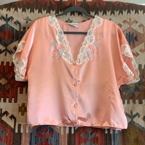 Vintage bright pink lace embroidered collar top